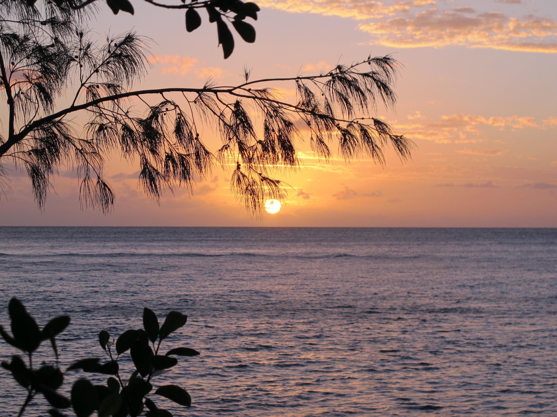 coucher du soleil à Lifou